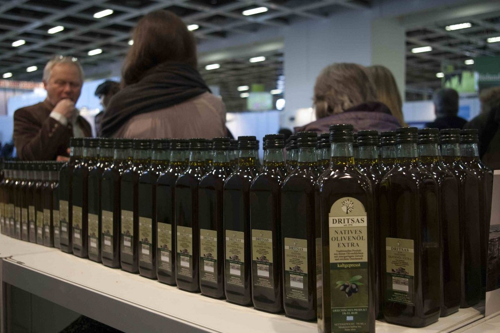 Thousands of people came by our kiosk and tasted our unique olive oil!